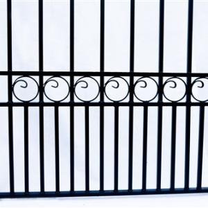 London Style Dual Swing Steel Driveway Gate Image 7